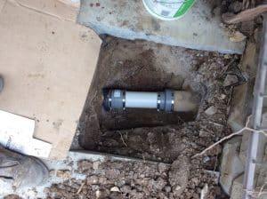 Upstream_of_manhole